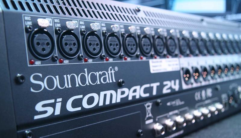 soundcraft compact 24 atras