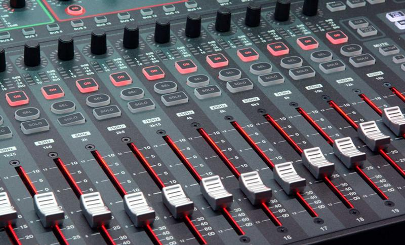 soundcraft compact detalle